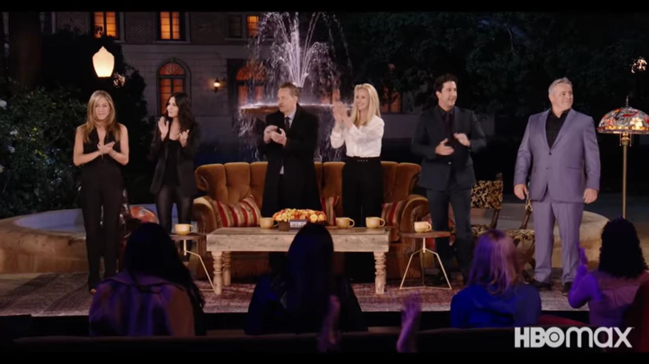 """La reunion di """"Friends"""" si avvicina, ecco gli attori sul set"""