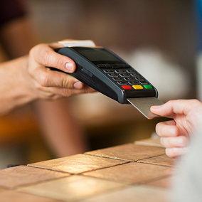 Sfruttare la crescita dell'e-commerce investendo con eToro