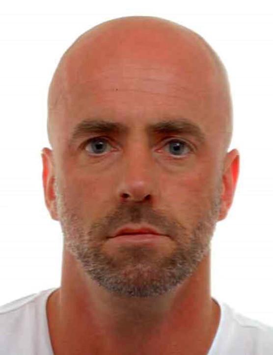 Caccia all'uomo in Belgio, soldato armato in fuga