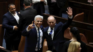 Israele,Bennett incassa la fiducia e manda a casa Netanyahu