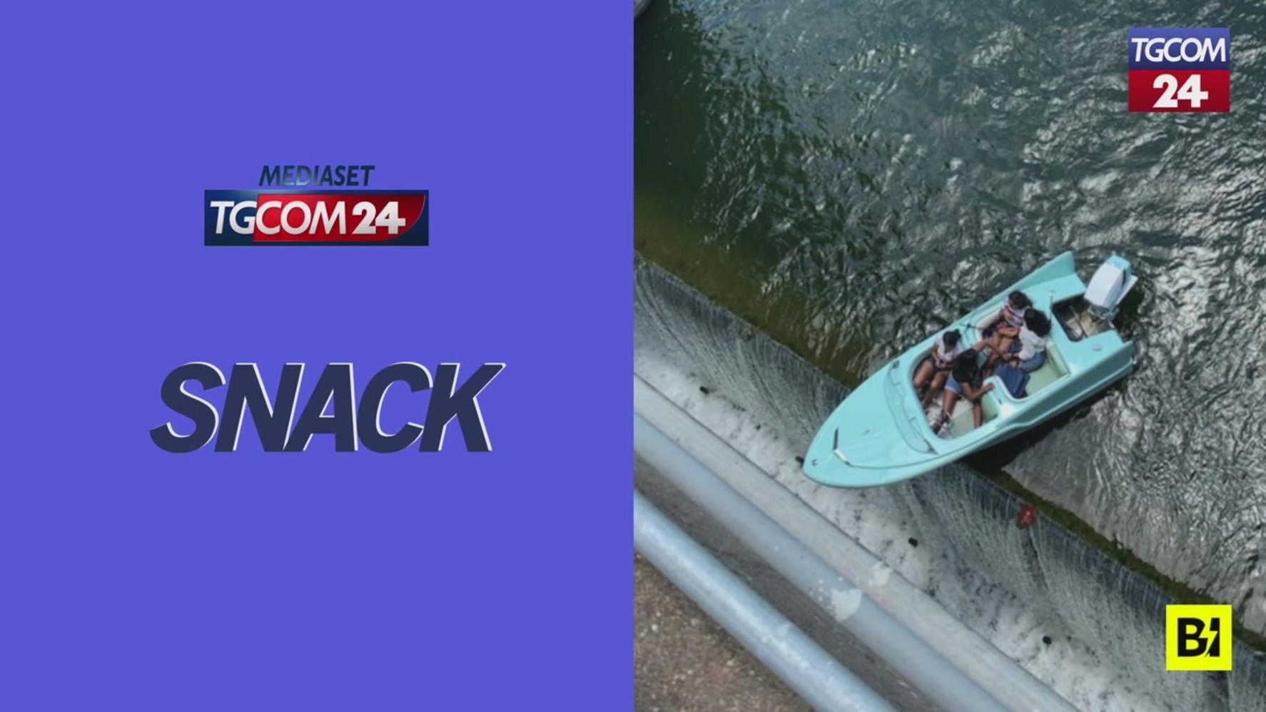 Texas, bloccate con la barca sull'orlo di una diga: paura per 4 donne