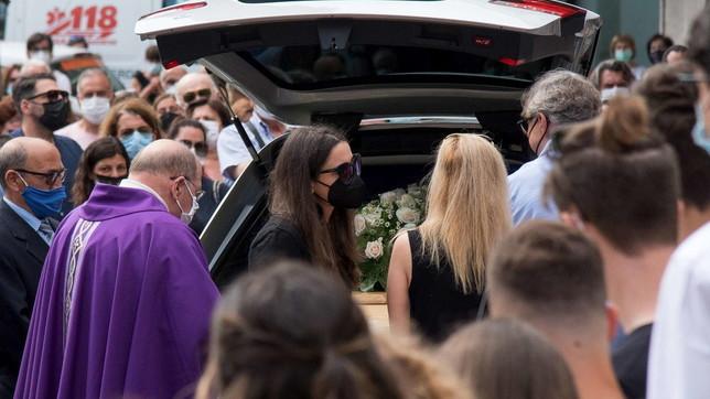 Sestri Levante, l'ultimo saluto a Camilla Canepa