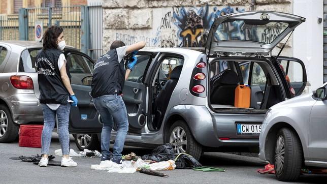 Ordigno nell'auto del presidente Tavolo parchi Roma