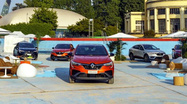 E-Tech, la gamma full hybrid di Renault