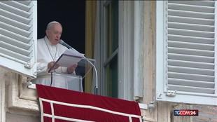"""Il Papa: """"Apriamo il nostro cuore ai rifugiati"""""""