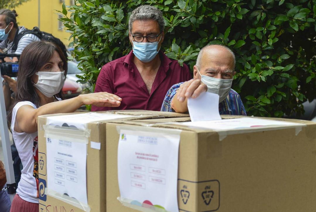 Primarie Pd, si vota a Roma e a Bologna