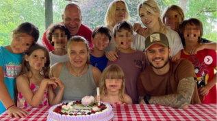 Wanda Nara in festa, è il compleanno della suocera
