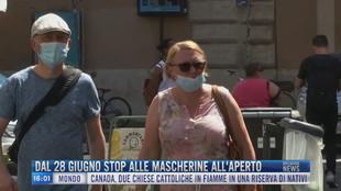 Breaking News delle 16.00 | Dal 28 giugno stop alle mascherine all'aperto