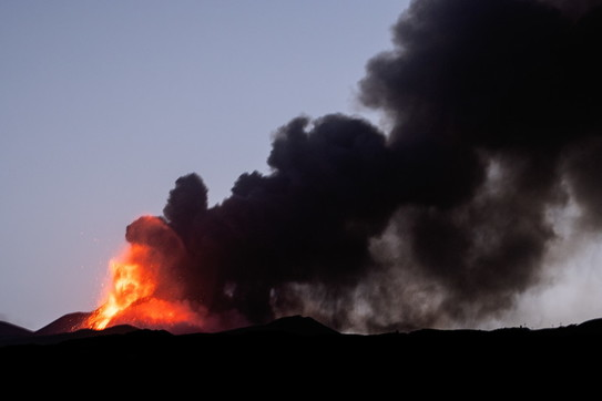 L'Etna regala nuove emozioni di fuoco
