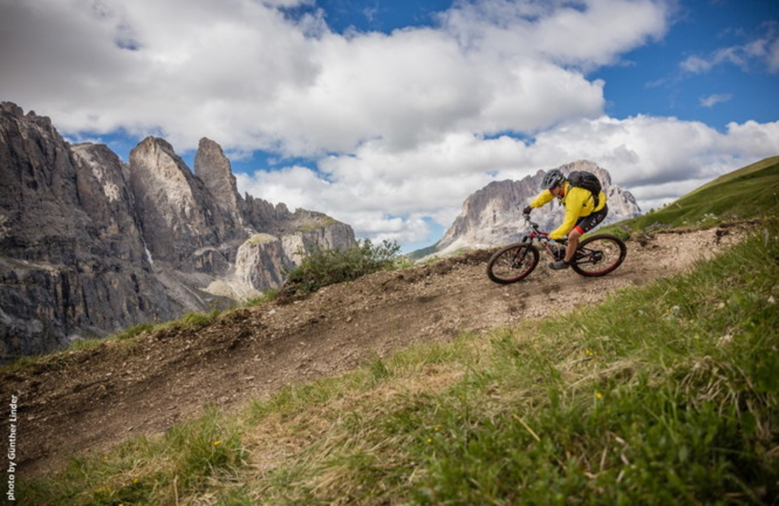 Tutti in sella tra le Dolomiti nel Val Gardena Bike Arena