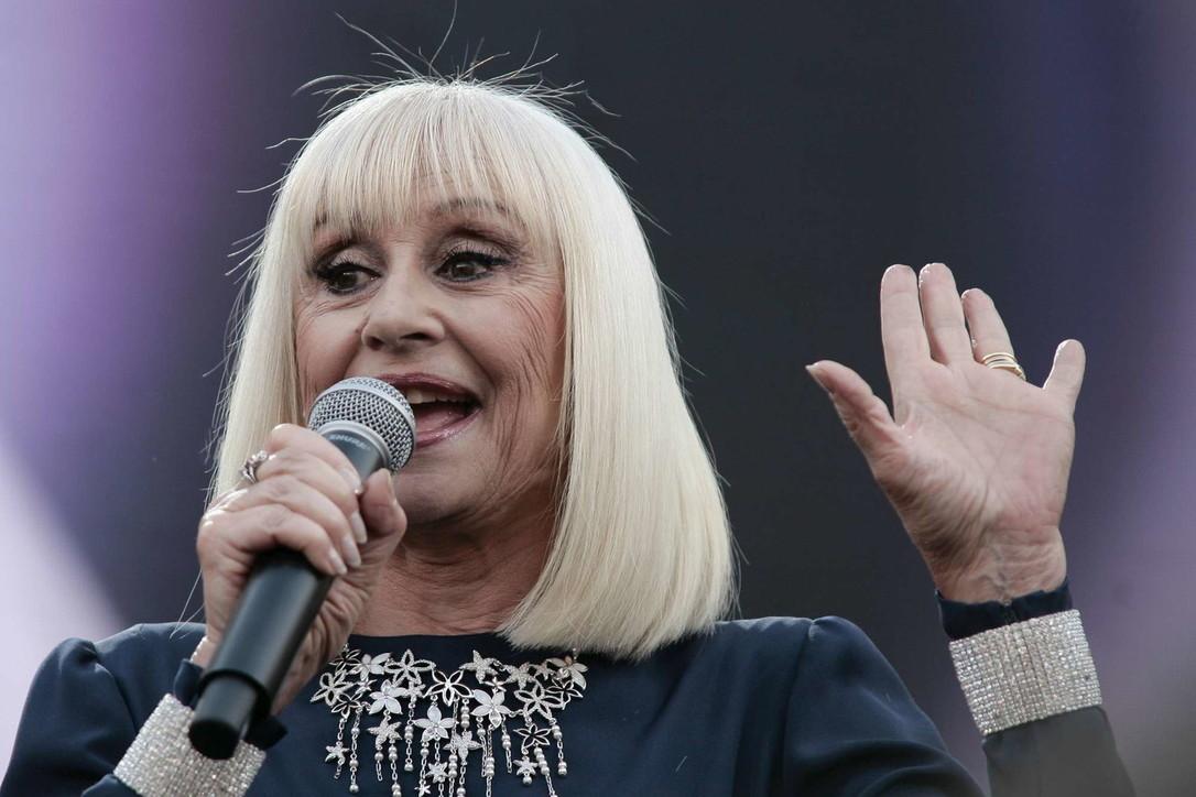 Addio alla Raffa nazionale, la Carrà morta a 78 anni