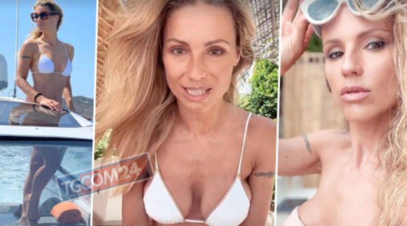 Michelle Hunziker ancora in due pezzi: dopo lo yacht sbarca in terra sarda
