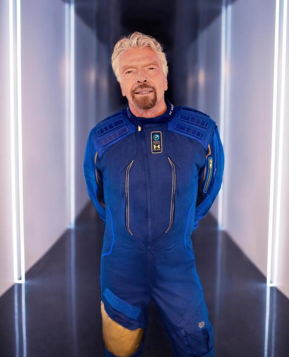 Turismo spaziale, il debutto del razzo di Branson