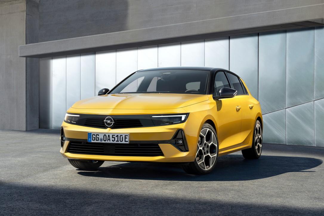 Ecco le prime immagini di Opel Astra 6