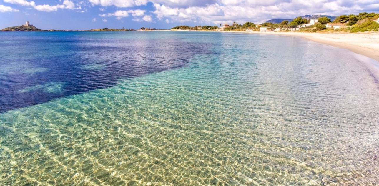 Sardegna: Pula presa d'assalto dai fan di Temptation Island