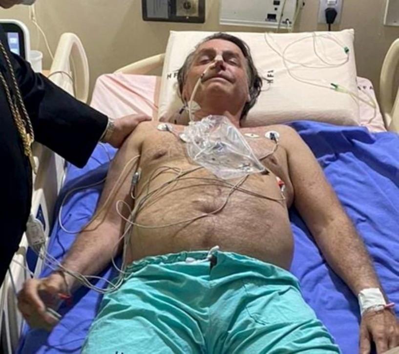 Brasile, Bolsonaro ricoverato d'urgenza