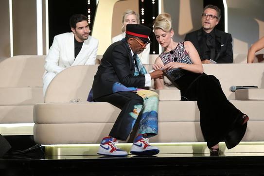 Cannes 74, le immagini della cerimonia di premiazione