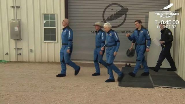 Andata e ritorno nello spazio per Jeff Bezos