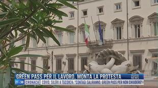 Breaking News delle 21.30 | Green Pass per il lavoro, monta la protesta