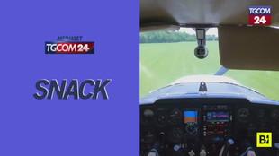 Usa, si rompe il motore dell'aereo durante l'esercitazione: l'allievo non perde la calma