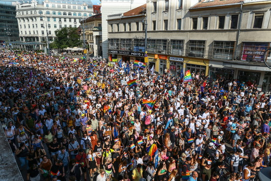 Ungheria, in migliaia al Gay Pride a Budapest