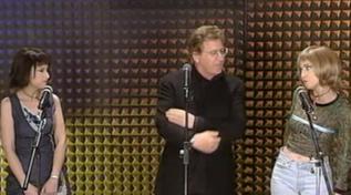 Buon compleanno Peppino Di Capri: eccolo cantare con Luciana Littizzetto nel 1998