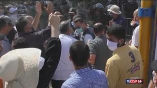 """Tunisia, appello Ue: """"Ripristinare l'ordine istituzionale, no a violenze"""""""