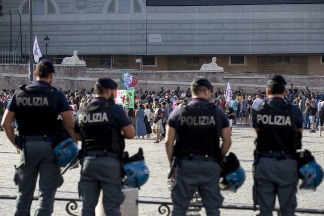 Green pass, manifestazioni in diverse città italiane