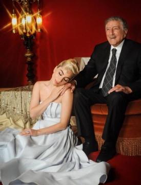 Tony Bennett compie 95 anni, gli auguri dei vip e di Lady Gaga... che gli regala un album collaborativo