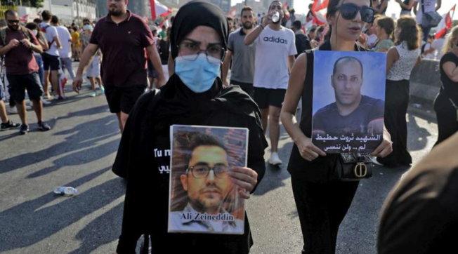 Beirut a un anno dall'esplosione al porto: alta tensione alla commemorazione, scontri e decine di feriti