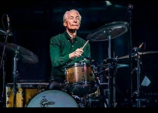 I Rolling Stones restano senza Charlie Watts: il batterista operato d'urgenza si ritira dal tour