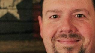 Usa, scriveva post contro vaccini e mascherine: politico muore di Covid