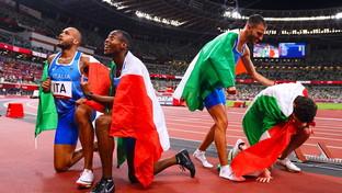 """Italia oro nella staffetta 4x100, l'emozione social di star e politici: """"Vinciamo ancora noi"""""""