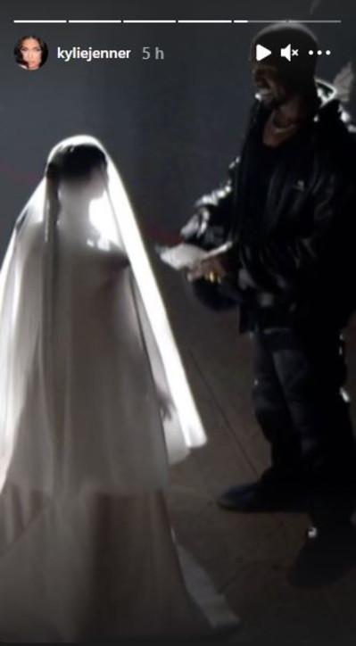 Kim Kardashian si veste da sposa per Kanye West