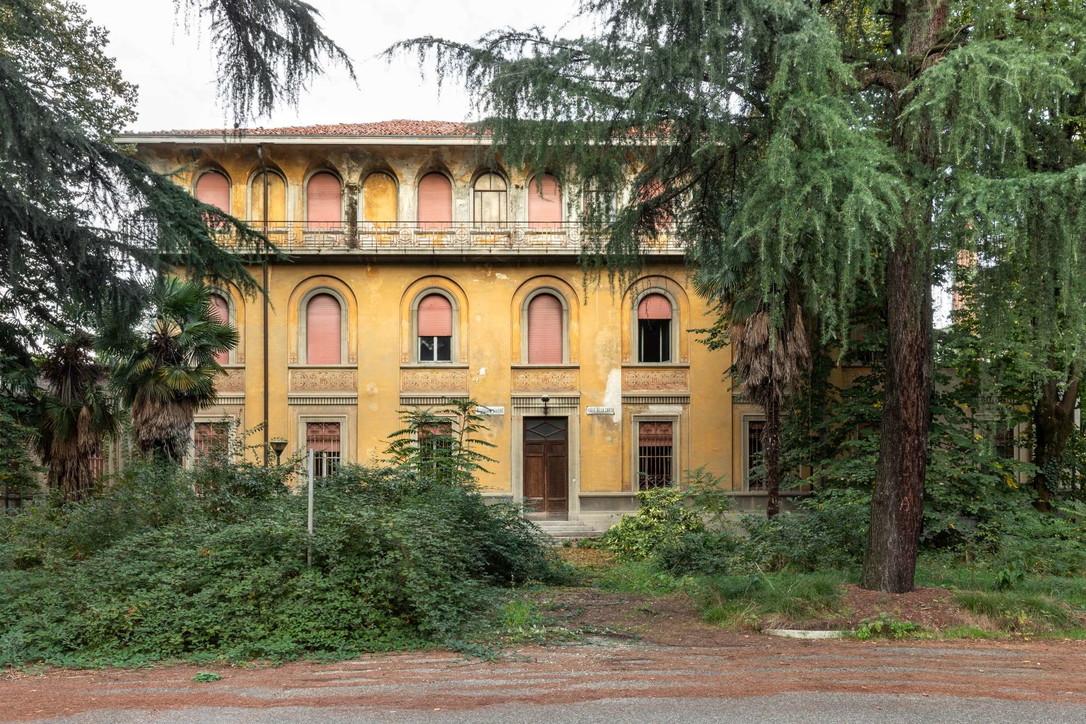 Il viaggio di Alcova nei luoghi inesplorati di Milano: la nuova locationè nell'ex ospedale militare di Baggio