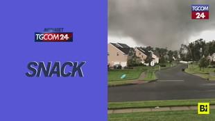Tornado si abbatte su un centro abitato negli Usa: case rase al suolo