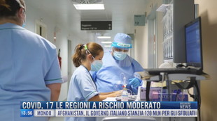Breaking News delle 14.00 | Covid, 17 le regioni a rischio moderato