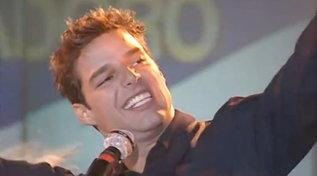 """Quella volta che Ricky Martin cantò """"Maria"""" alFestivalbarnel 1997"""
