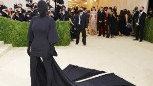 Moda, Met Gala 2021: i look più originali delle star sul red carpet