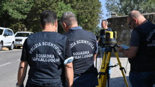 Il sopralluogo della Scientifica nei luoghi del Mostro di Firenze