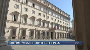 Breaking News delle 21.30 | Governo verso il super green pass