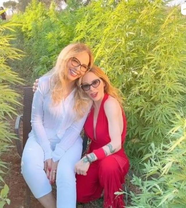 Ornella Muti e Naike Rivelli sostengono la cannabis