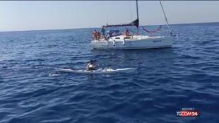Affetto da fibrosi cistica attraversa l'Adriatico in kayak