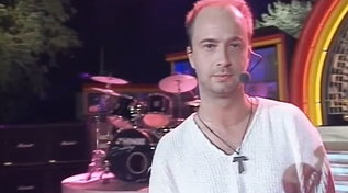 """Buon compleanno Marco Masini, eccolo al """"Festivalbar"""" nel 1995"""
