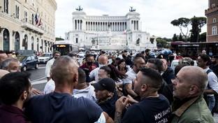 Manifestazione contro il Green pass a Roma