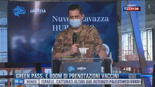 Breaking News delle 09.00 | Green pass, è boom di prenotazioni vaccini