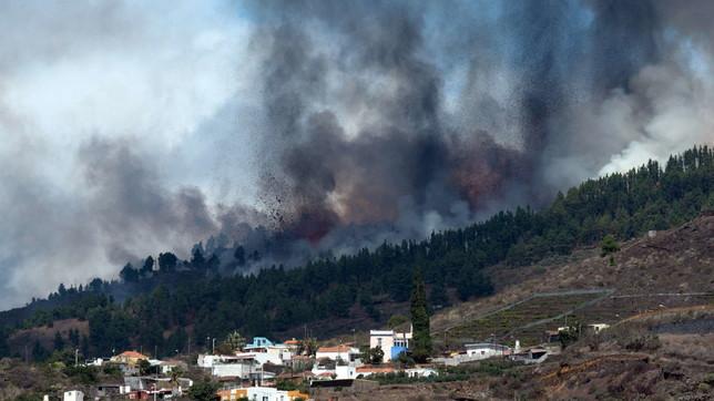 Canarie, si risveglia il vulcanoCumbre Vieja