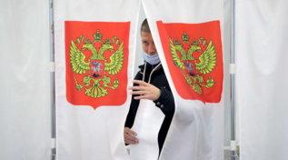 Elezioni in Russia, Putin vince ma perde consenso: boom dei comunisti