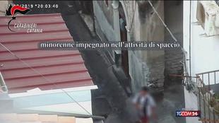 Droga, spaccio a Catania: coinvolti anche bimbi di dieci anni