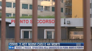 Breaking News delle 18.00 | Covid, 2.407 nuovi casi e 44 morti